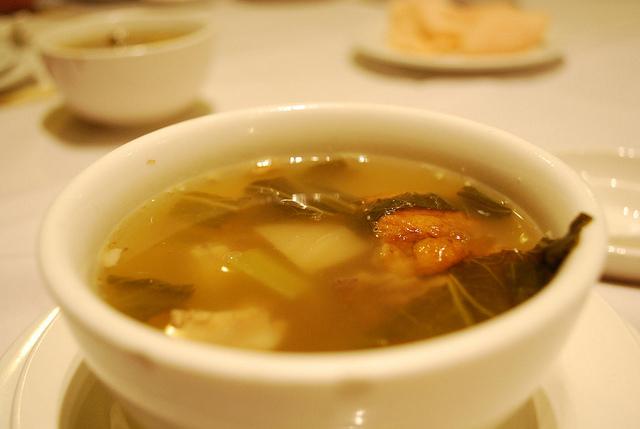 酸萝卜老鸭汤的滋味 – 深夜谈吃