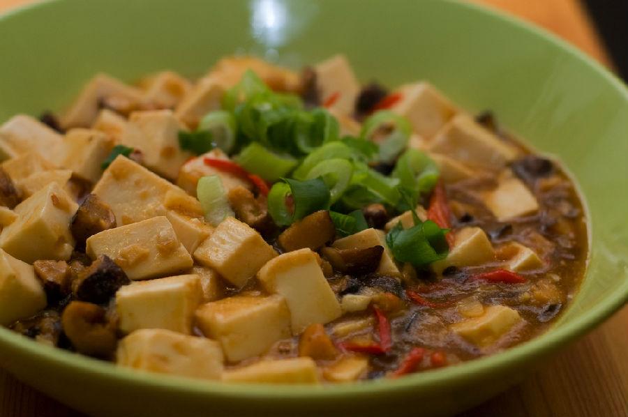小葱拌豆腐 – 深夜谈吃