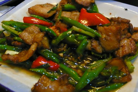 碗柜里的小炒肉 – 深夜谈吃