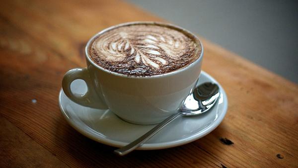 一杯咖啡也怡然 – 深夜谈吃