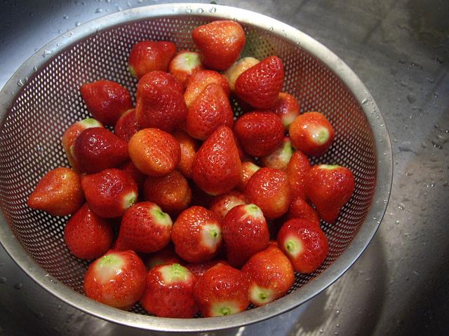 草莓和草莓,才是人生的真谛 – 深夜谈吃