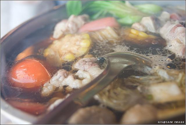 一只锅的幸福时光 – 深夜谈吃